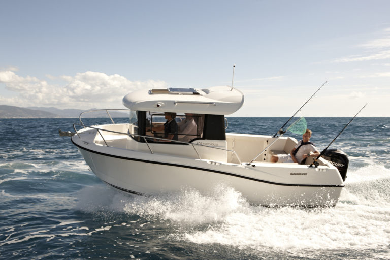 Captur 605 PILOTHOUSE New