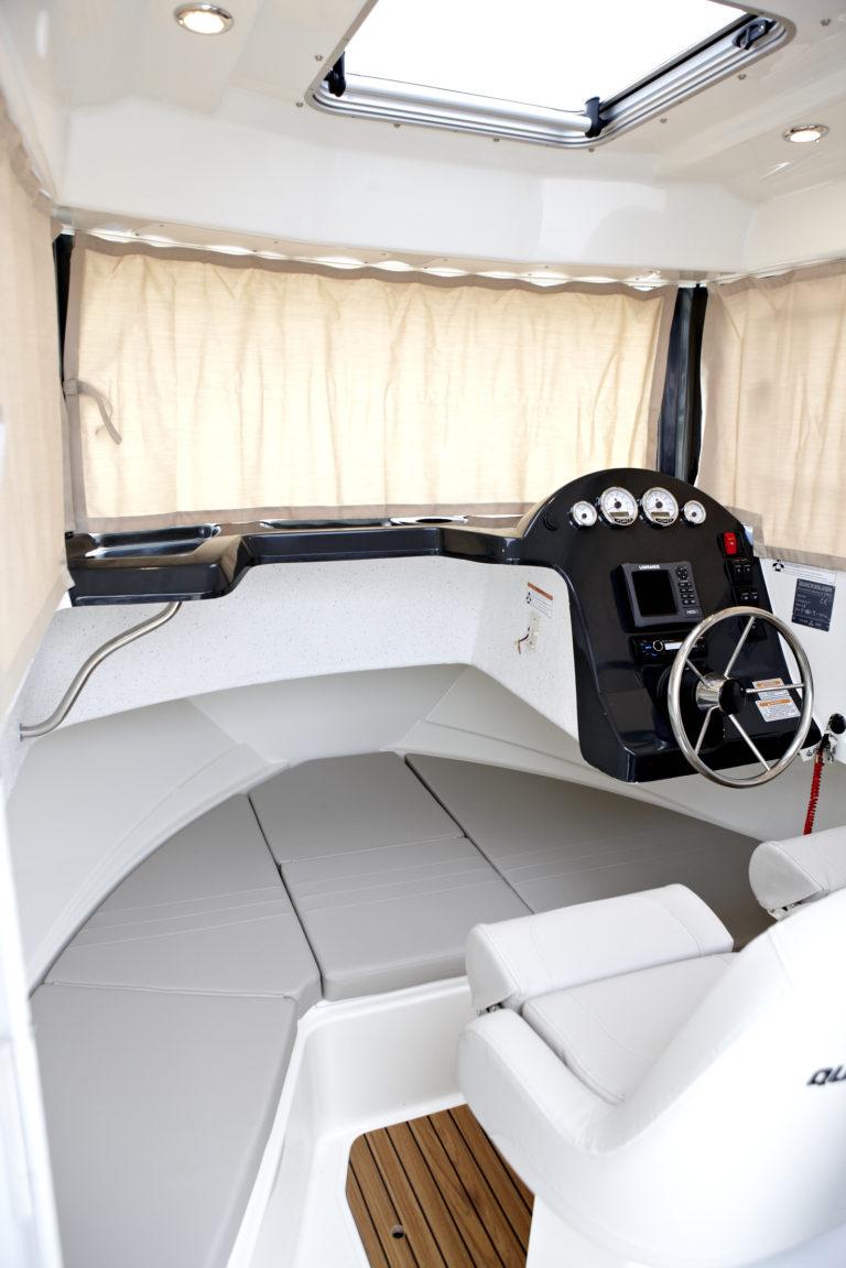 Captur 605 PILOTHOUSE New